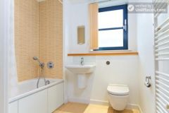 Double Ensuite Bedroom (Room 3) - Superb 3-bedroom apartment in modern Limehouse