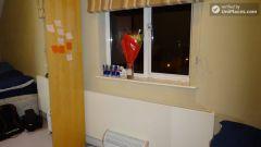 Double Bedroom (Room 3) - Huge 5-bedroom house in peaceful Millwall