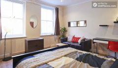 Double Bedroom (Room 2) - Spacious 4-bedroom Victorian house in artsy Shoreditch