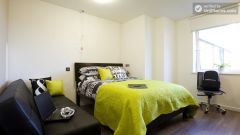 Premium Double Bedroom - Charming residence in posh Finsbury Park