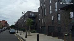Single Bedroom (Room A) - Peaceful 4-bedroom apartment near green Seven Sisters