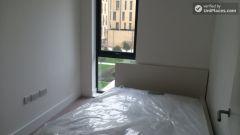 Single Bedroom (Room A) - Peaceful 4-Bedroom Apa