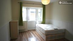 Single Bedroom (Room B) - Bright 5-bedroom apartment in redeveloped Shadwell