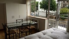 Single Bedroom (Room A) - Bright 3-bedroom apartment in residential Maida Vale