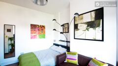 Compact studio apartment near Brick Lane