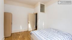 Double Bedroom (Room 2) - Refurbished 3-bedroom apartment in commercial White City