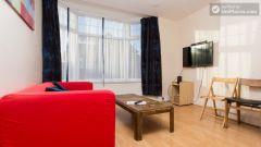 Single Bedroom (Room 3) - Attractive 5-bedroom student house in Headingley, Leeds