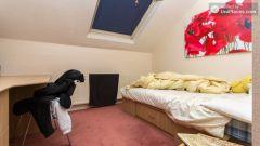 Double Bedroom (Room 5) - Stylish 5-bedroom house in Headingley, Leeds