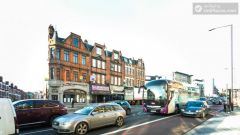 Double Ensuite Bedroom (Room 2A) - Cosy 2-bedroom apartment in West Hampstead