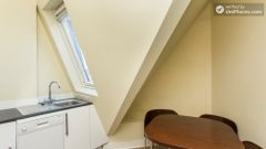 Double Ensuite Bedroom (Room 3A) - 2-Bedroom apartment in residential West Hampstead