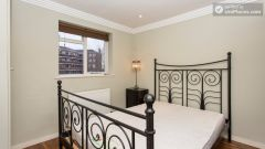 Rooms available - 5-Bedroom house in up-and-coming Shepherd's Bush