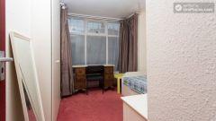Single Bedroom (Room 1) - Pretty 3-bedroom house in Headingley, Leeds