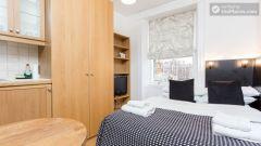 Convenient studio-apartment in central S  Pancras