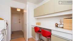 Double Bedroom (Room 1) - Nice 2-bedroom apartment in the Notting Hill area