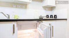 Deluxe En-suite Room - Modern Residence in Popular Bloomsbury