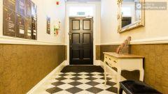 Premium Triple Studio - Modern Residence in Popular Bloomsbury