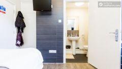 Premium Twin Studio - Modern Residence in Popular Bloomsbury