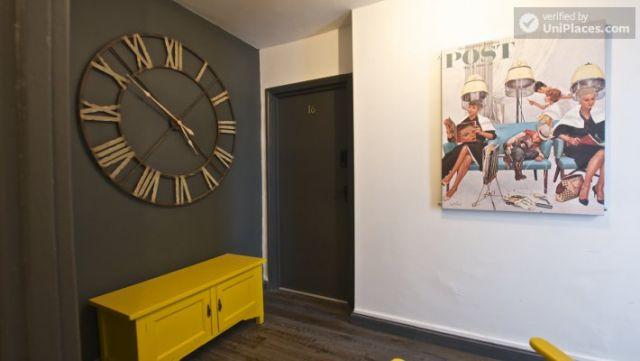 Compact studio apartment near Brick Lane 11 Image