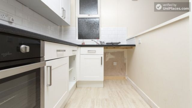 Rooms available - Charming 6-bedroom house in Headingley, Leeds 4 Image
