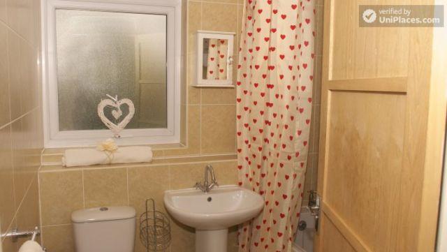 Rooms available - Elegant 3-bedroom house in Saint Ann's, Nottingham 10 Image