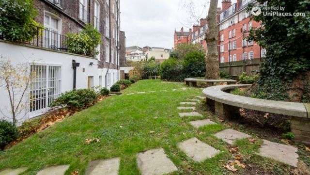 Well-furnished studio-apartment, next to the University of London 5 Image