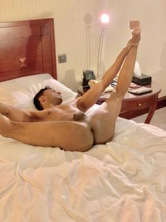 BOTTOM GAY GUY  CD ... for fun only 0751 931 4000