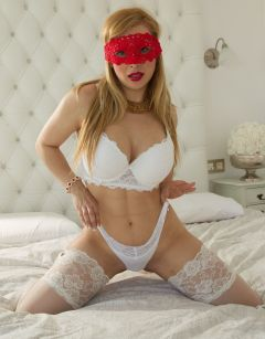 Charming Sophisticated. The Best Escort Incall