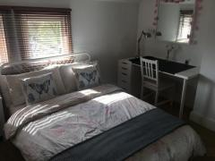 DOUBLE BEDROOM FOR SINGLES & PARTNERS INC BILLS