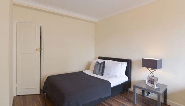 A spacious, bright double studio apartment 3 Image