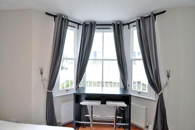 A modern double studio flat in Shepherds Bush 4 Image
