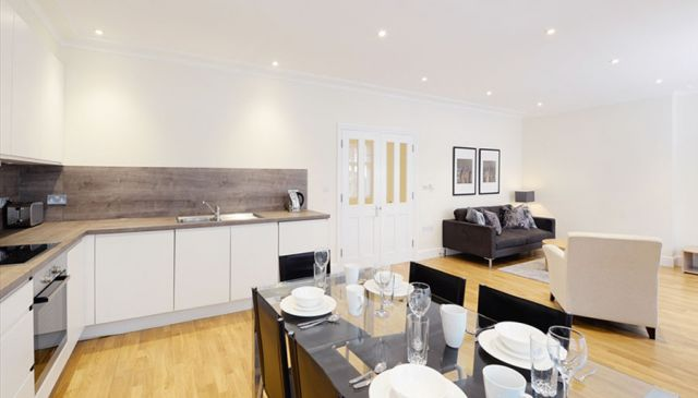 An outstanding two bedroom apartment in West London 5 Image