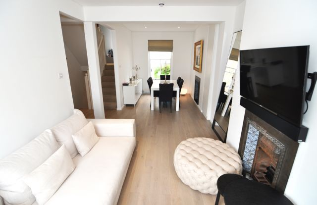 An interior designed 3double bedroom, 2bathroom house 3 Image