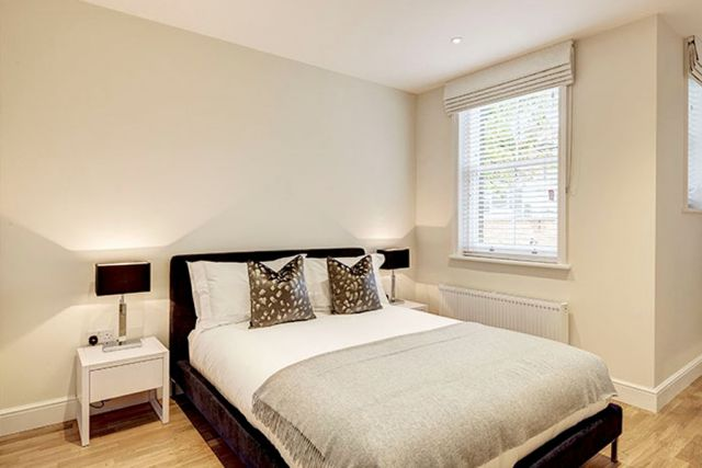 A stunning two bedroom, two bathroom apartment 5 Image