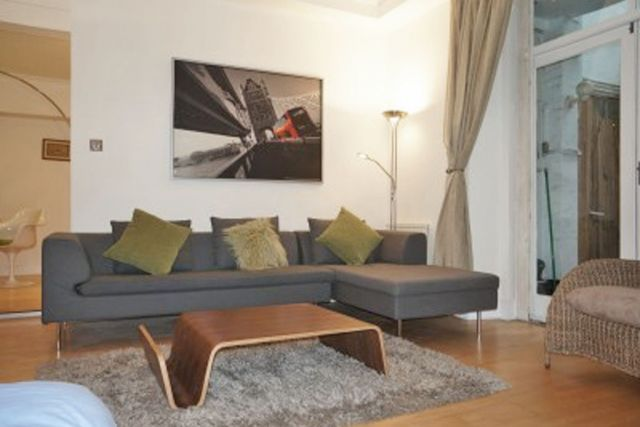 Stunning two double bedroom, two bathroom apartment 6 Image