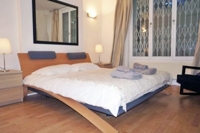 Stunning two double bedroom, two bathroom apartment 5 Image