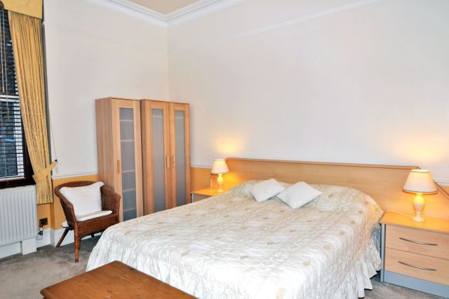 Stunning One Bedroom Flat In West London Bills Incl Expiredlondon Greater London Hallo