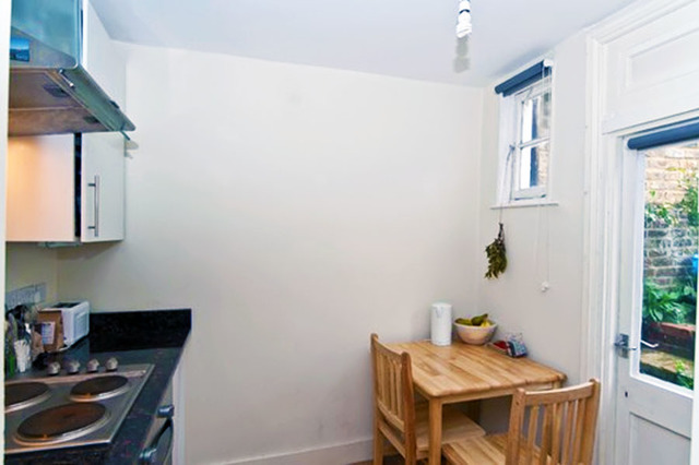 A recently refurbished self-contained studio flat 3 Image