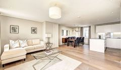 Stunning Four Bedroom Apartment In Central Londo