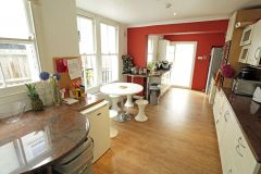 A Contemporary Double Room In A Fantastic House