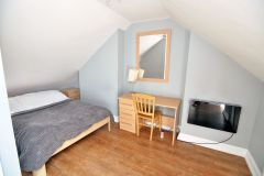 A Double Room, All Bills Included, Only 2 Weeks