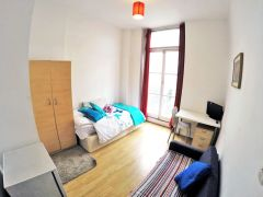 A Lovely One Bedroom Flat, Wifi & Bills Included