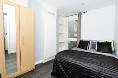 A Contemporary Double Room, All Bills Included