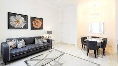 Large 3 bedroom apartment with impressive garden