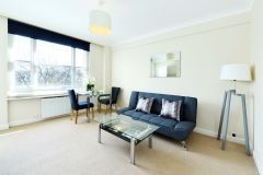 A delightful double studio apartment in Central London
