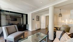 Newly refurbished and interior designed 1 bedroom flat