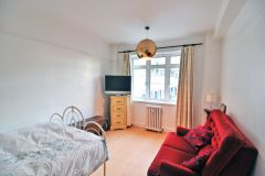 A spacious double studio flat for SHORT or LONG LET