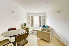 Spacious 1 bedroom apartment opposite Regents Park