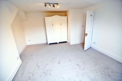 Spacious Double Room, Bills And Wifi Included