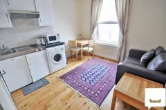 A cosy one bedroom flat in Kensington W8