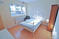 Double room in a 2 bedroom flat in Kensington